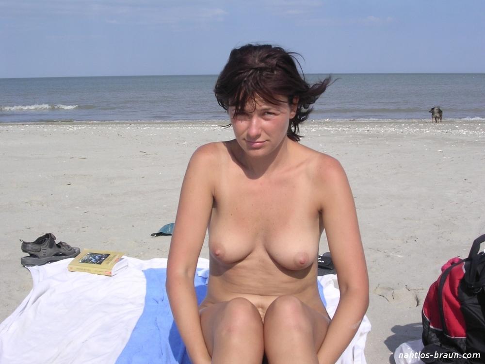 Urlaub frauen nackt im Nacktbaden