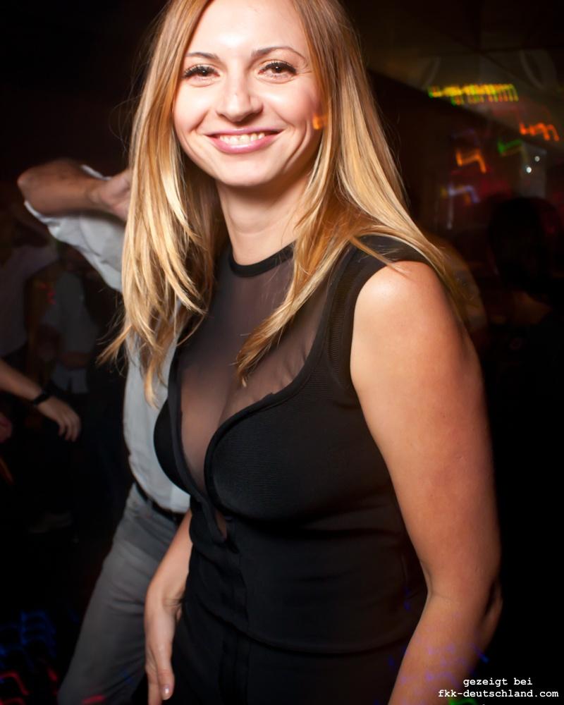 Sexy Nachtclub Girls aus der Ukraine - FKK Fotos Tips und